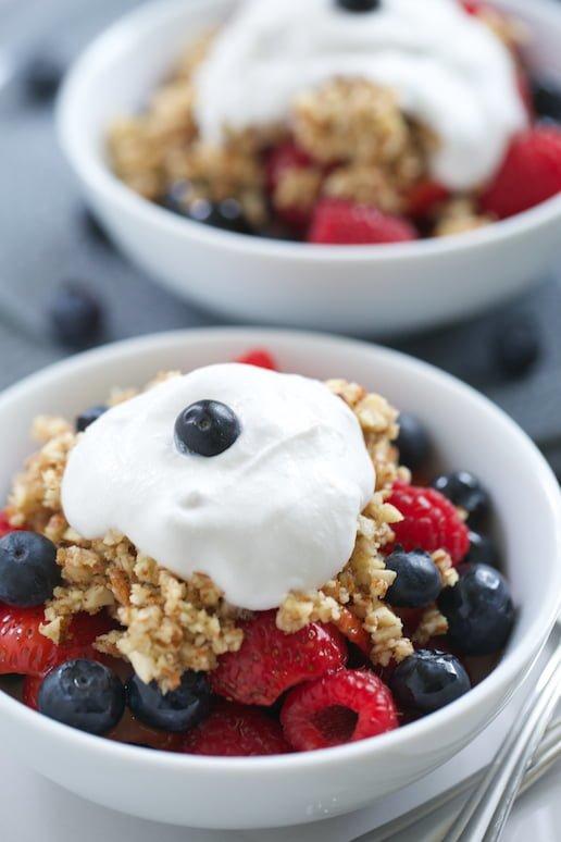 Easy Summer Recipe: Paleo Berry Crisp